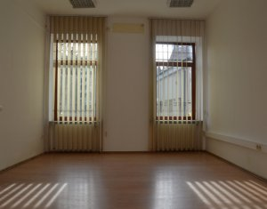 House 8 rooms for rent in Cluj-napoca, zone Centru